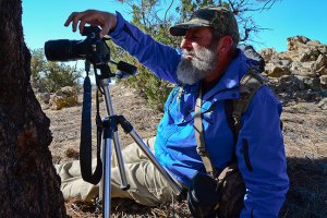 Greg uses a tripod to make a close-up photograph with his new 100mm Canon macro lens.