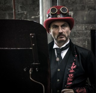 steampunk-at-the-museaum_28497983612_o