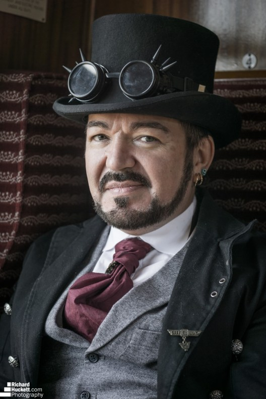 steampunk-at-the-steam-trains_43350968590_o
