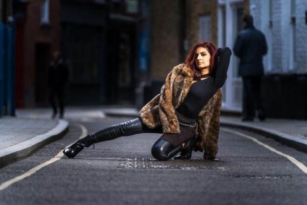 Lena London (25)