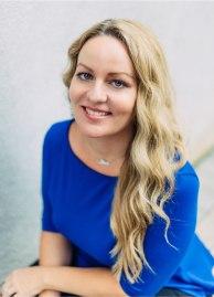 Angela-Watson-Portrait@2x