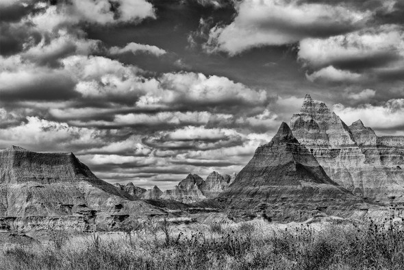 Badlands-National-Park-Interior,-SD-RKing-15-042360-BW-vv