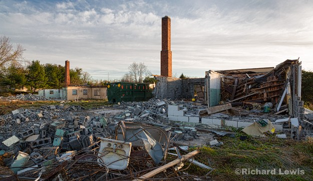 Demolition of Nike Missile Battery PH23/25 by Richard Lewis