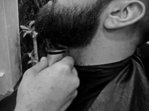 Perfilado de Barba en Richard's Barbers