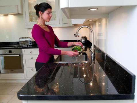 Counter with drainer and sink detail - Star Galaxy granite