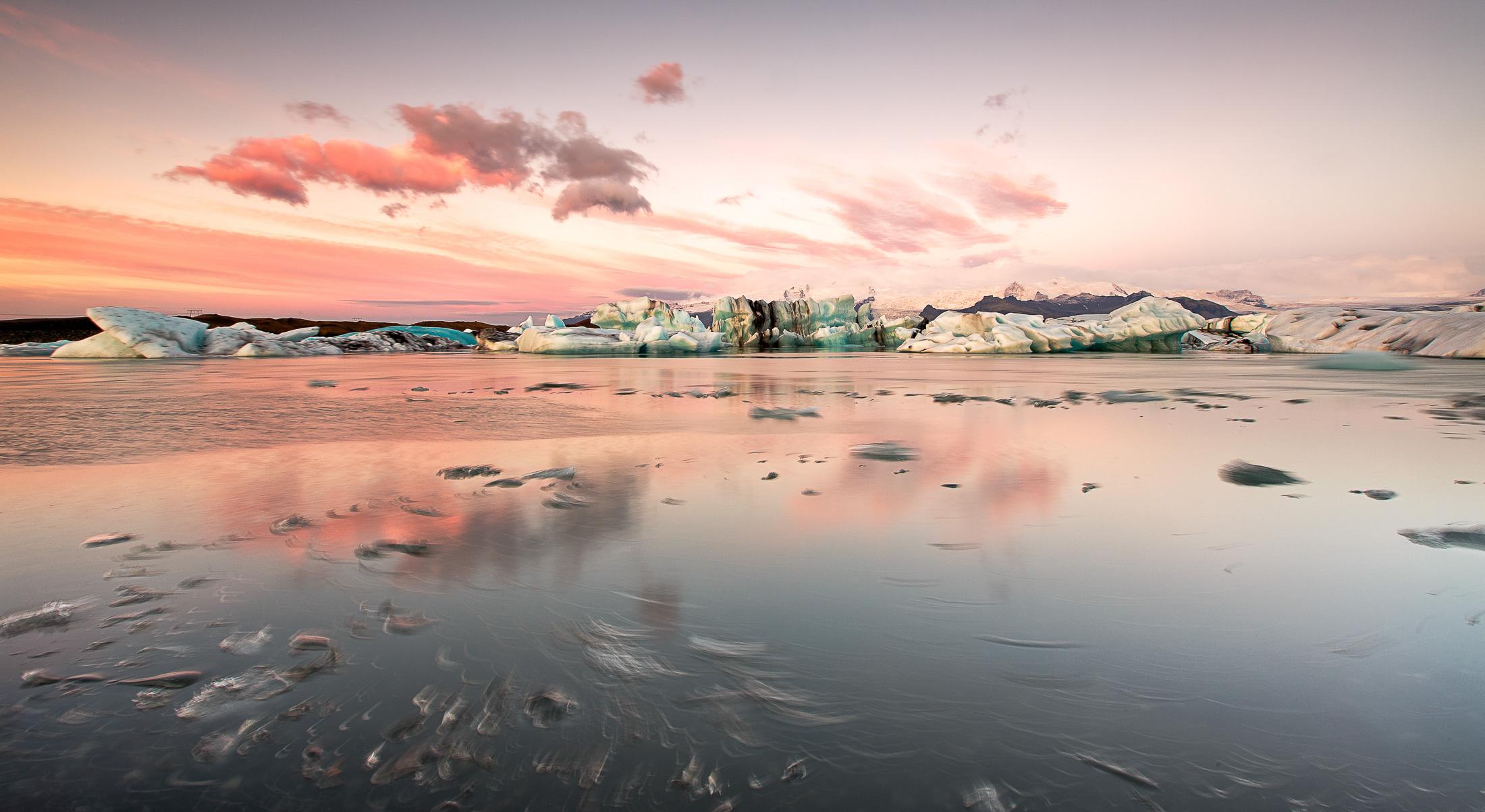 jokulsarlon glacier lagoon in the dawn light