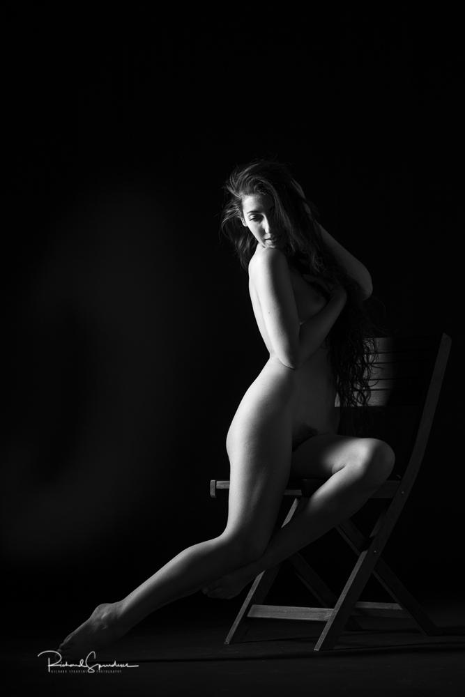 adame bink figure shape sideways to the light
