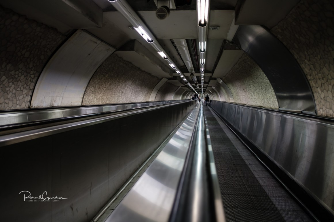 Image of the travelator lines on the rome metro system (photographing rome at night)