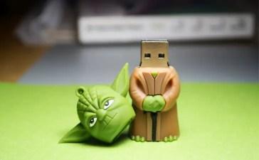 Yoda-USB-Drive.jpg