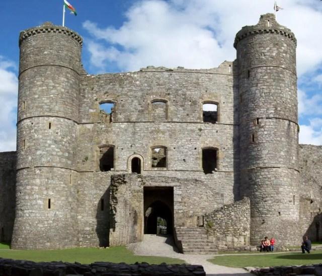Harlech castle medieval gatehouse