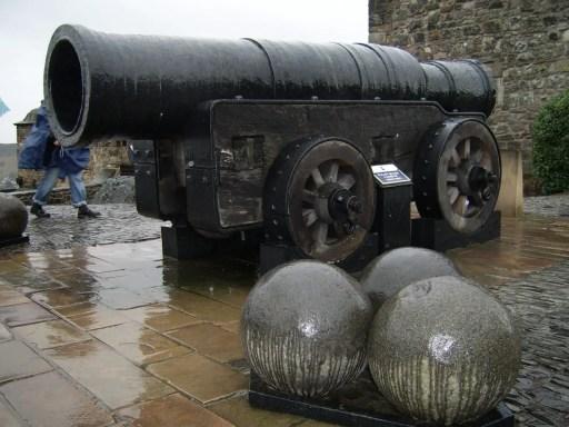 medieval cannons - mons meg