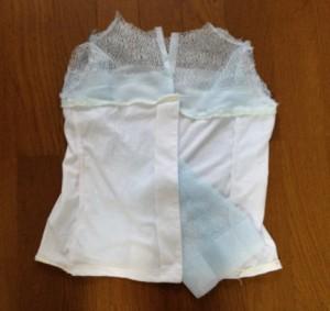 10.袖を縫いつける前