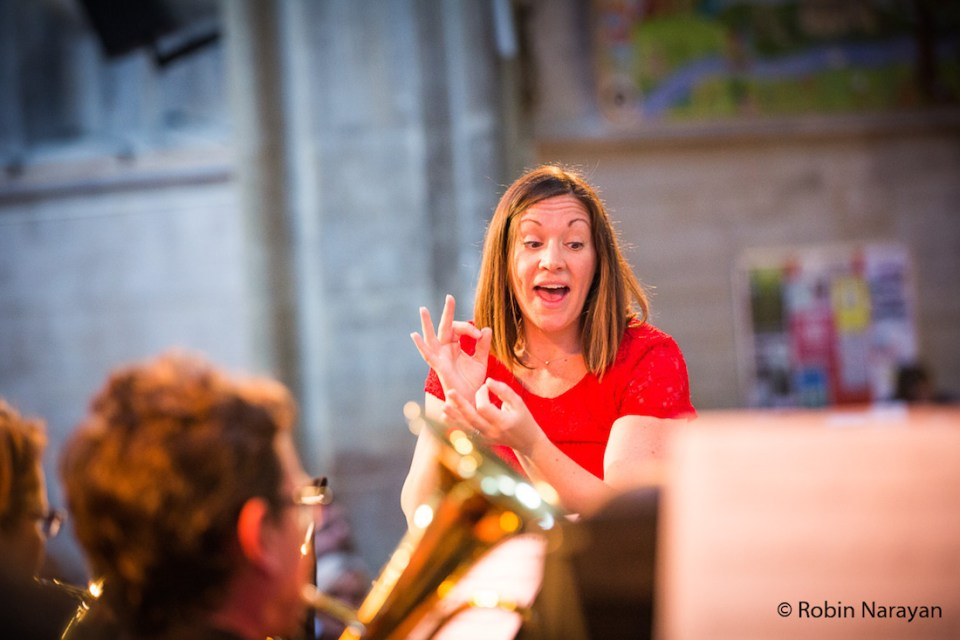Vickie van Uden conducts Richmond Brass Band. Image credit: Robin Narayan.