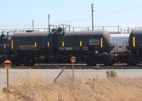 Kinder Morgan's Richmond depot takes in dozens of DOT-111 train cars laden with Bakken crude oil from North Dakota every week. (Phil James/Richmond Confidential)