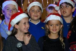 kids ready to sing
