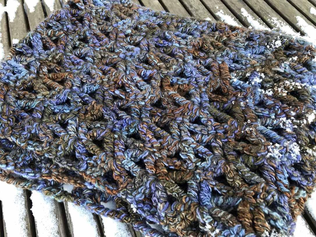 Easy Crochet Cowl