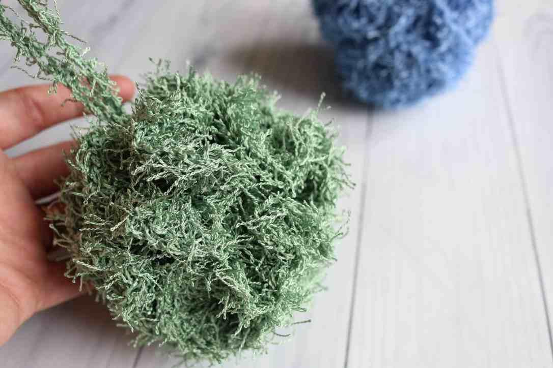 Crochet Pouf2