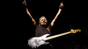 roger waters victory pose