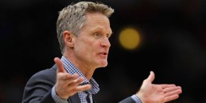 steve kerr lookig confused or maybe frustrating