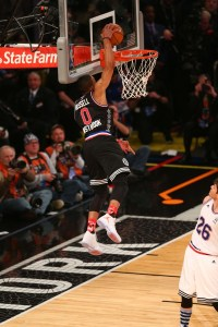 russell westbrook dunking at the 2015 all-star game