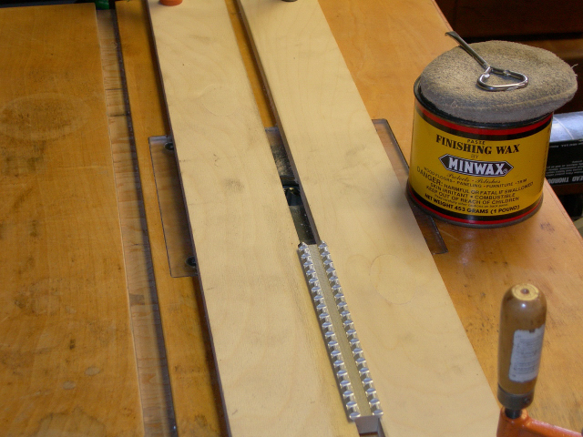 Jig set-up at router table