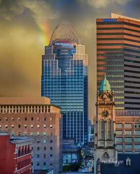 "Cincinnati, Ohio. ""Picture of the Day"" on the website capturecincinnati.com. 4th place award winner in ""Buildings and Architecture"" on the international website Pixoto. Winner of ""All Star"" Peer Award on international website ViewBug."
