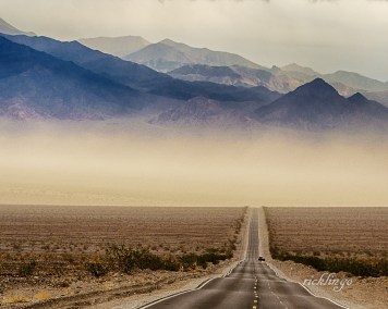 """Mesquite Dunes, Death Valley, California. Judge's Award in """"Lonely Roads"""" contest on international website Pixoto. 7th place in """"Escape"""" contest on international website Photocrowd. """"Top Choice"""" Peer Award on the international website ViewBug."""