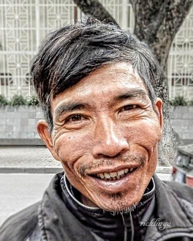 "Vietnam. 4th place award in ""People"" on international website Pixoto."