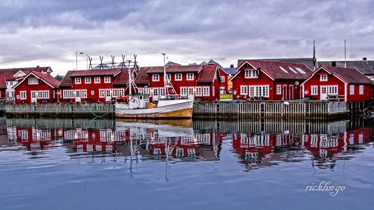 "Svolvaer, Norway. 3rd place award for the day in ""Buildings and Architecture"" on international website Pixoto."
