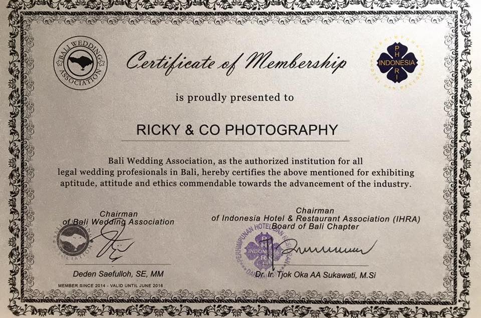 Certificate of membership of Bali Wedding Association