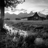 RickZeleznik - Mouton Barn BW