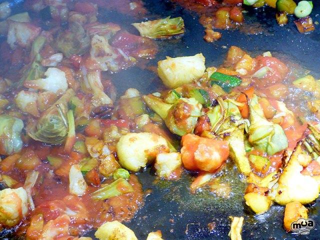 Arroz con magro y verduras