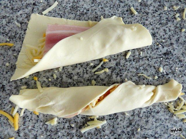 Cañas de hojaldre saladas