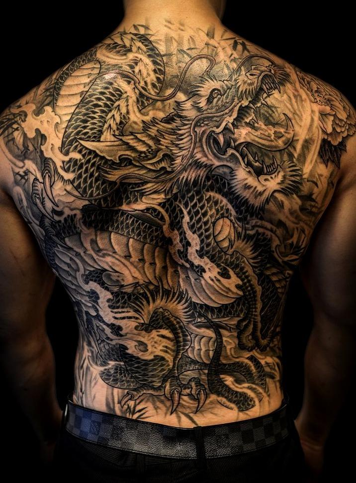 Tatuajes En La Espalda Ricordati Che Devi Rispondere Sobre La