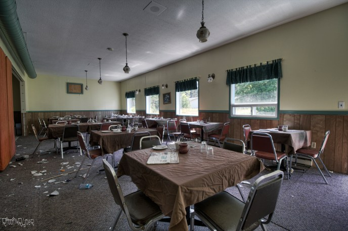 Abandoned Restaurant with Everything Left Behind!