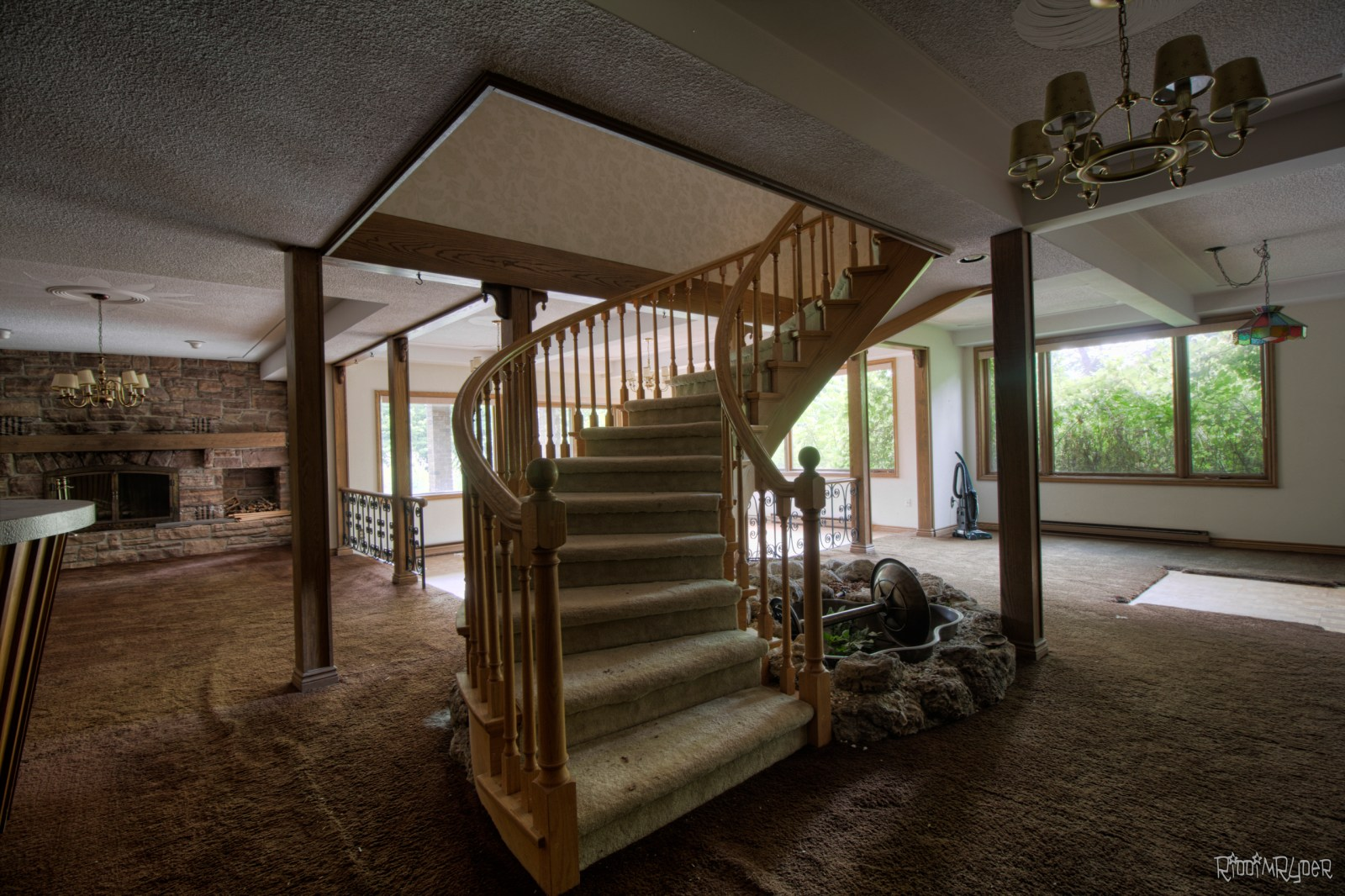 Abandoned $2 Million Dollar Custom Mansion