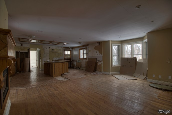 Abandoned Ontario Polish Mansion - Kitchen