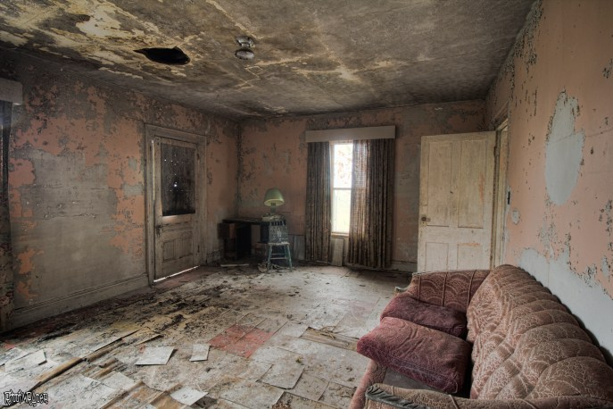 Family room of abandoned house