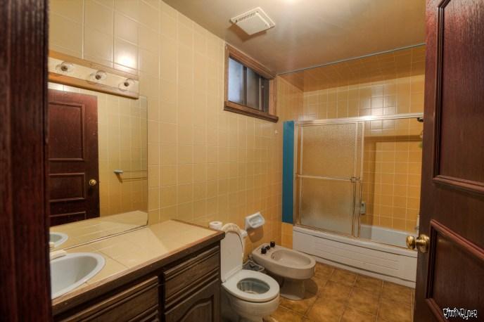 mansion bathroom