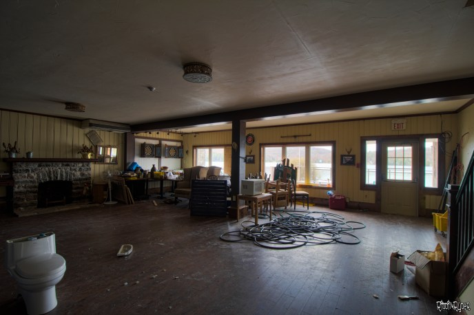 abandoned ontario resort bar