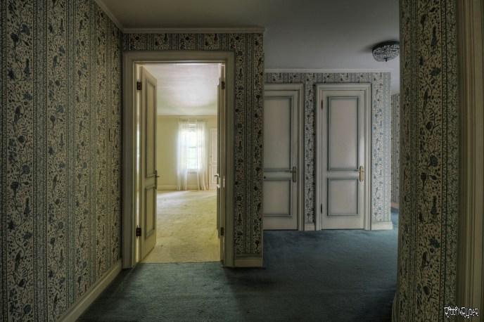 Curved Corridor