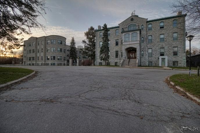 Vacant Lakeside Hospital