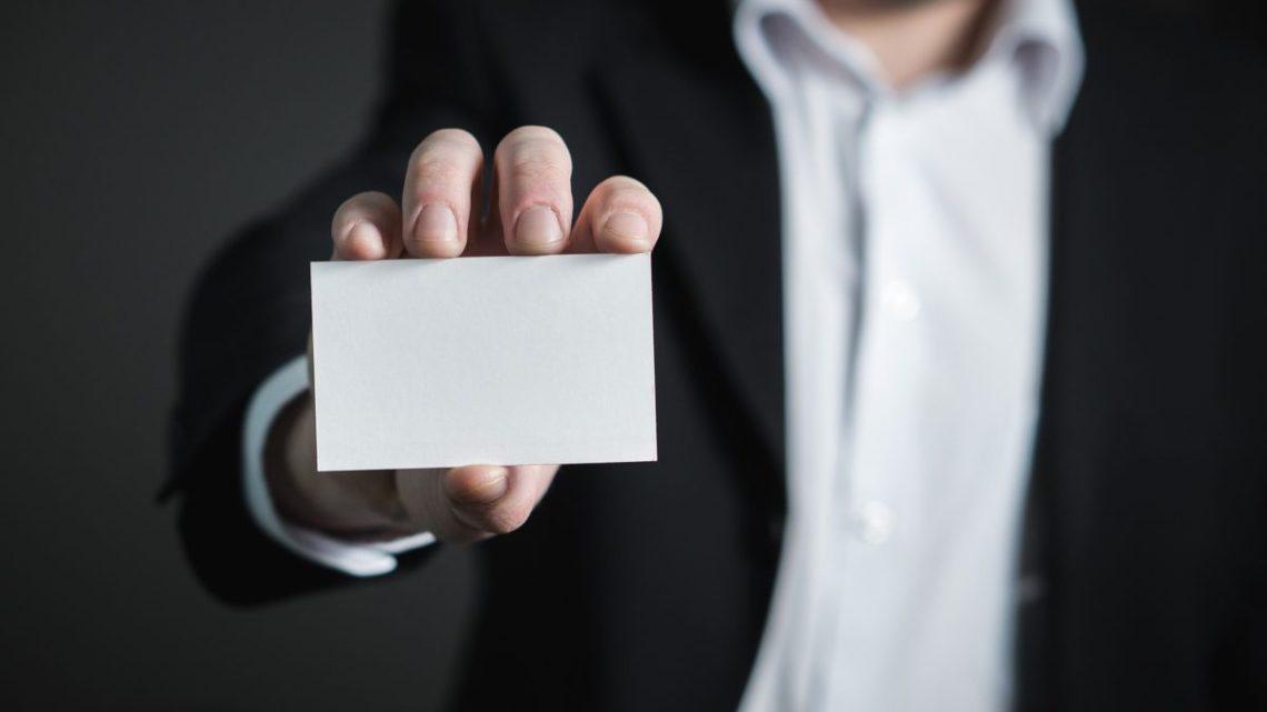 Votre carte, siouplait…