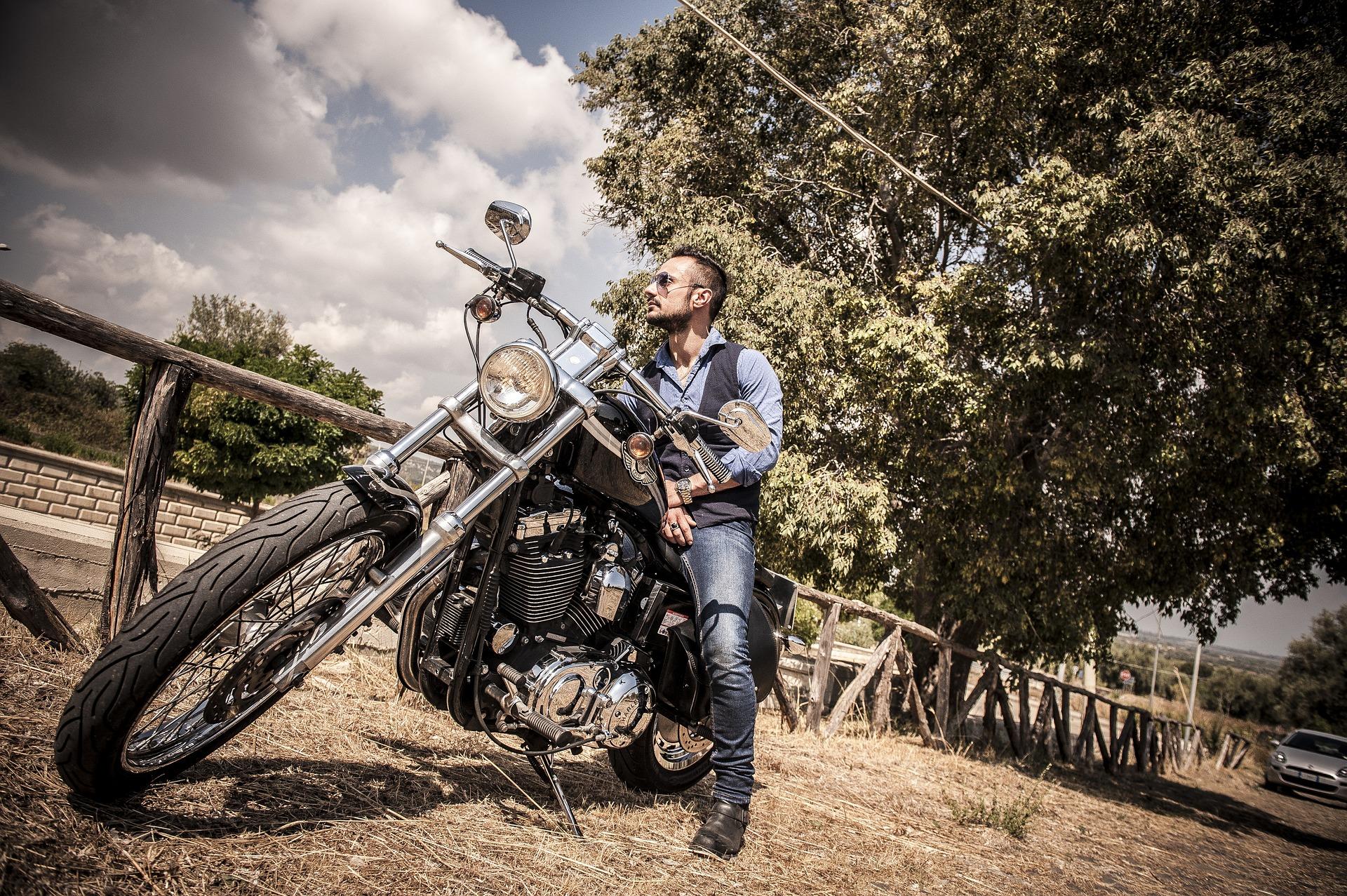 Cafe Racer Vintage Retro Moto Biker Style Cuir Veste Moto avec des Bandes Rouges sur Les Manches