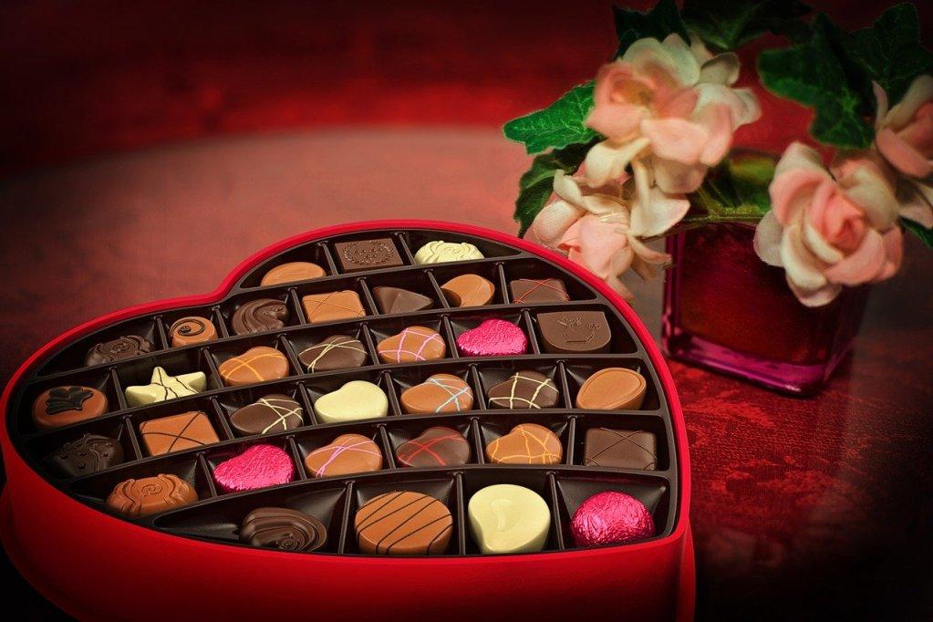 Boîte de chocolats en forme de cœur pour la Saint-Valentin