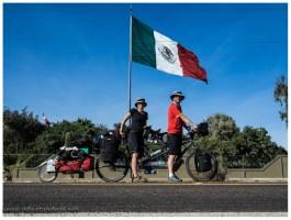 Guerreor Negro, Diese Fahne ist von gefühlten 50 KM schon zu sehen
