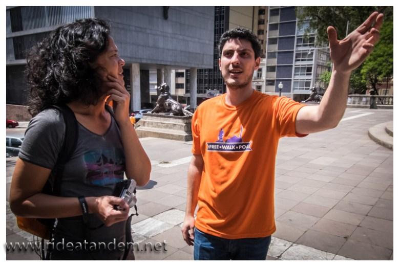 Wirklich lohnenswerrt die Free Walk Tour. Selbstorgannieserte kostenlose Sightseeingtour durch Porto Alegre, auf Schusters Rappen versteht sich.