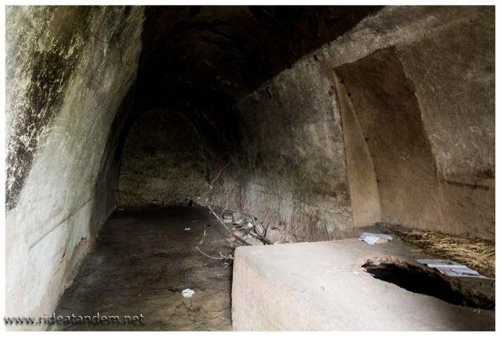 Die Höhlenwohnung, nicht gerade 3 Zimmer mit Küche und Bad.