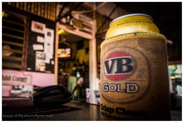 Das ist australisch: Dose Bier im Stubby Cooler