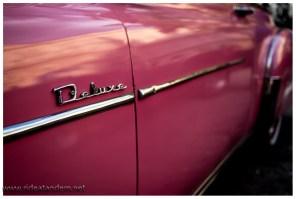 Das Auto ist Baujahr 1956 und gekauft hat sein Grossvater es 1947, wie gesagt unser Fahrer war der Beste.